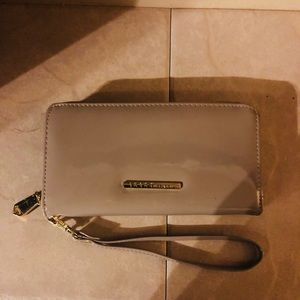 BCBG Generation wallet